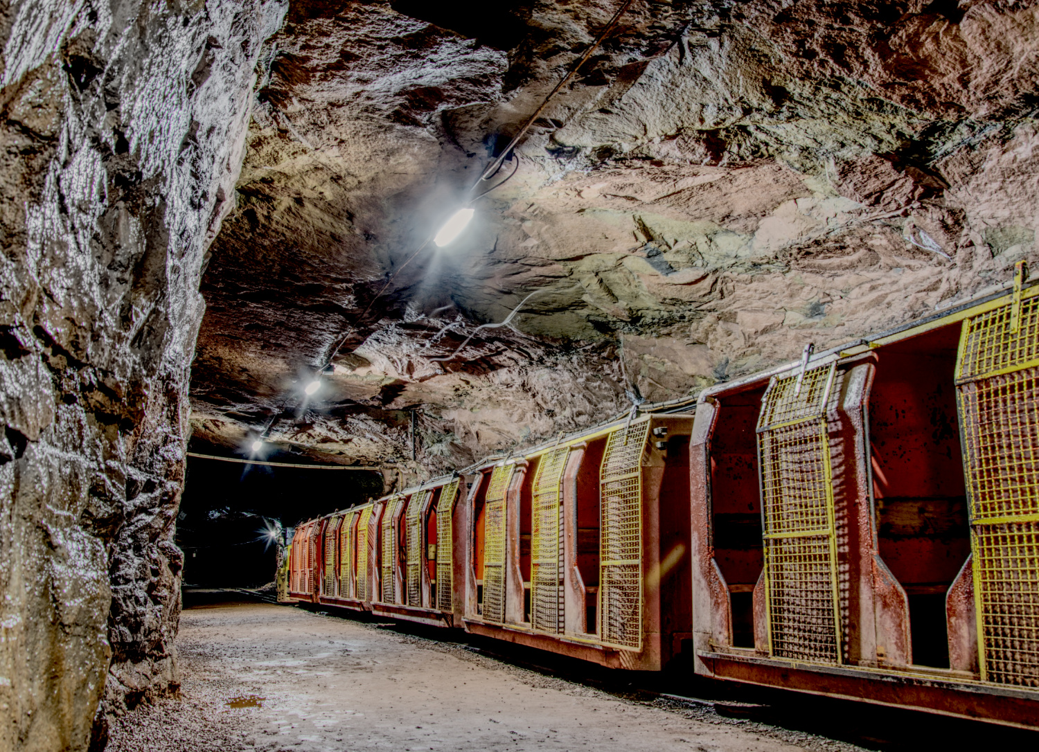 This train takes us deeper into the visitor mine Kleinenbremen