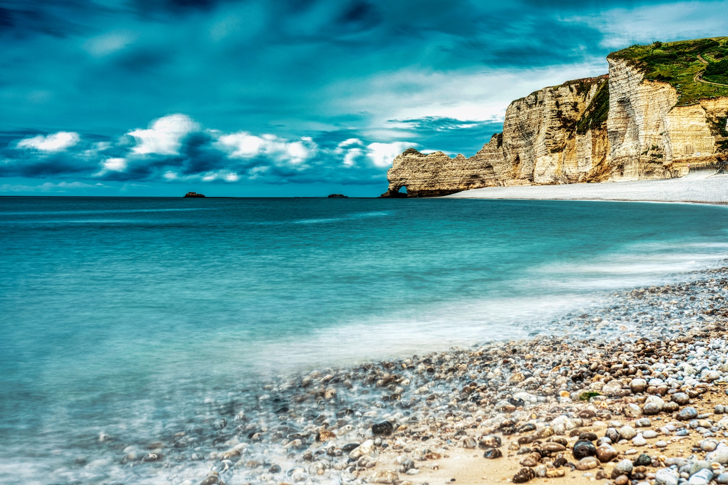 The northern chalk cliffs of Étretat