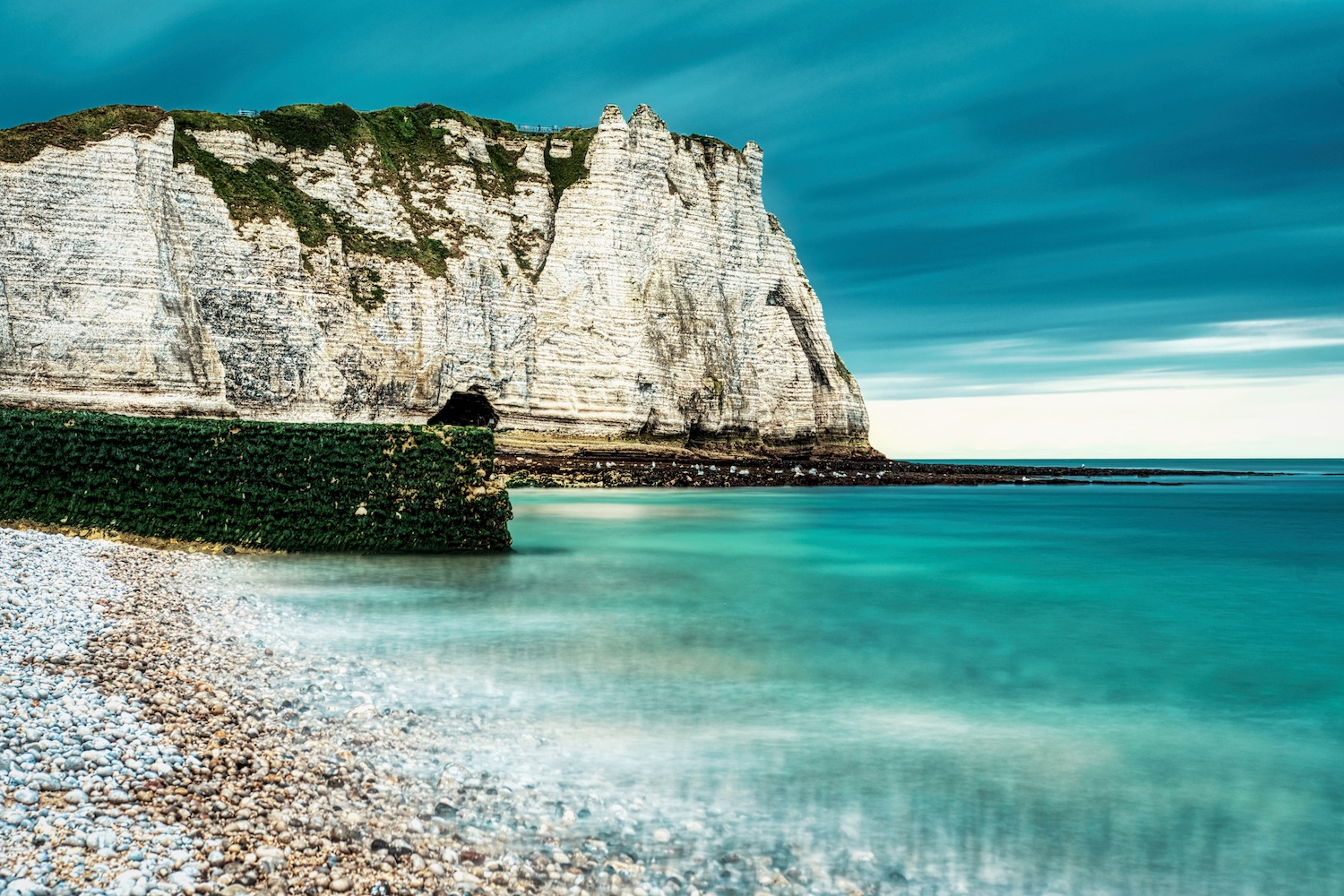 The southern chalk cliffs of Étretat