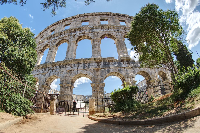 Die römische Arena von Pula