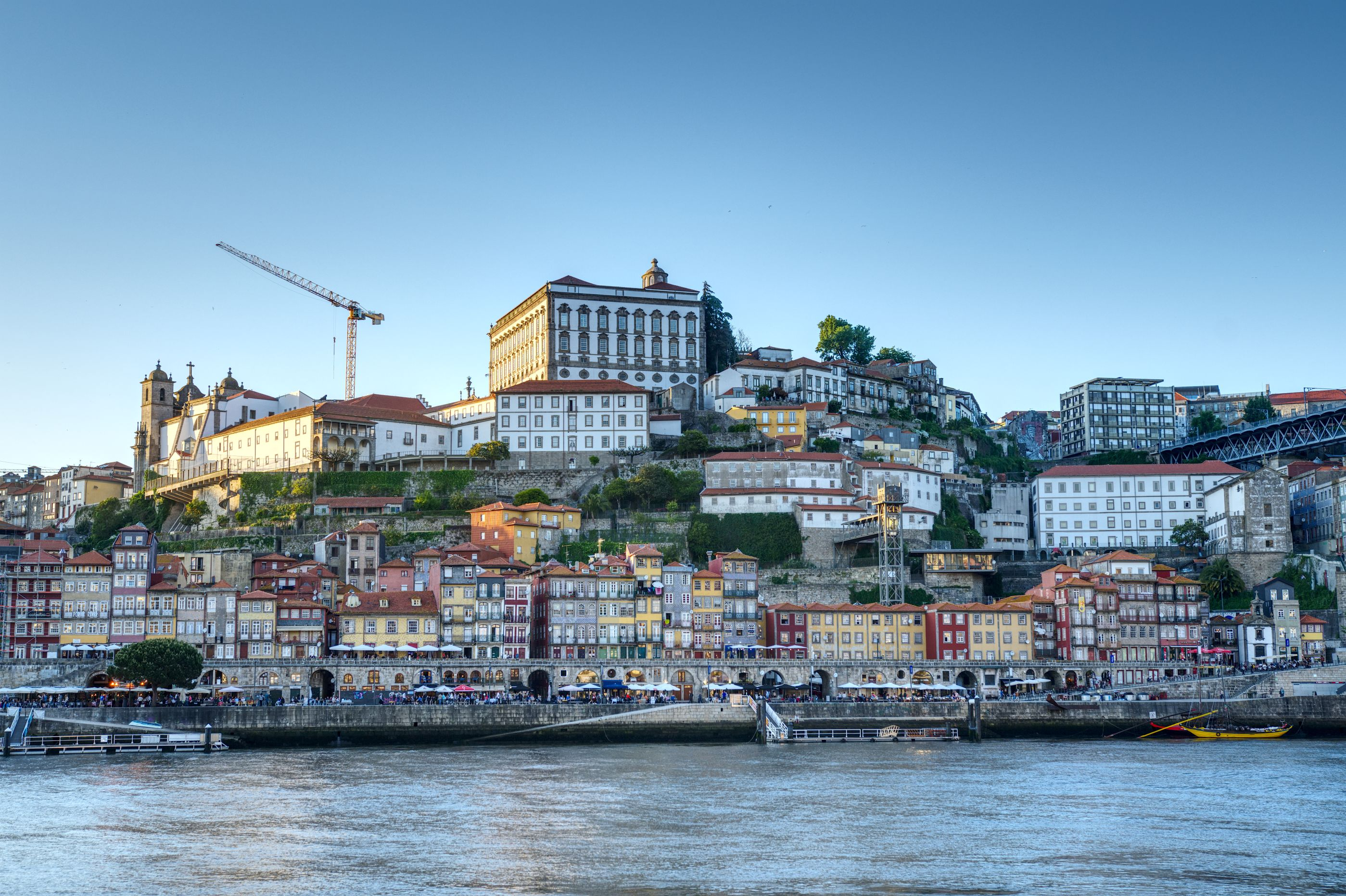 Blick auf Portos Altstadt von der Gaia-Seite