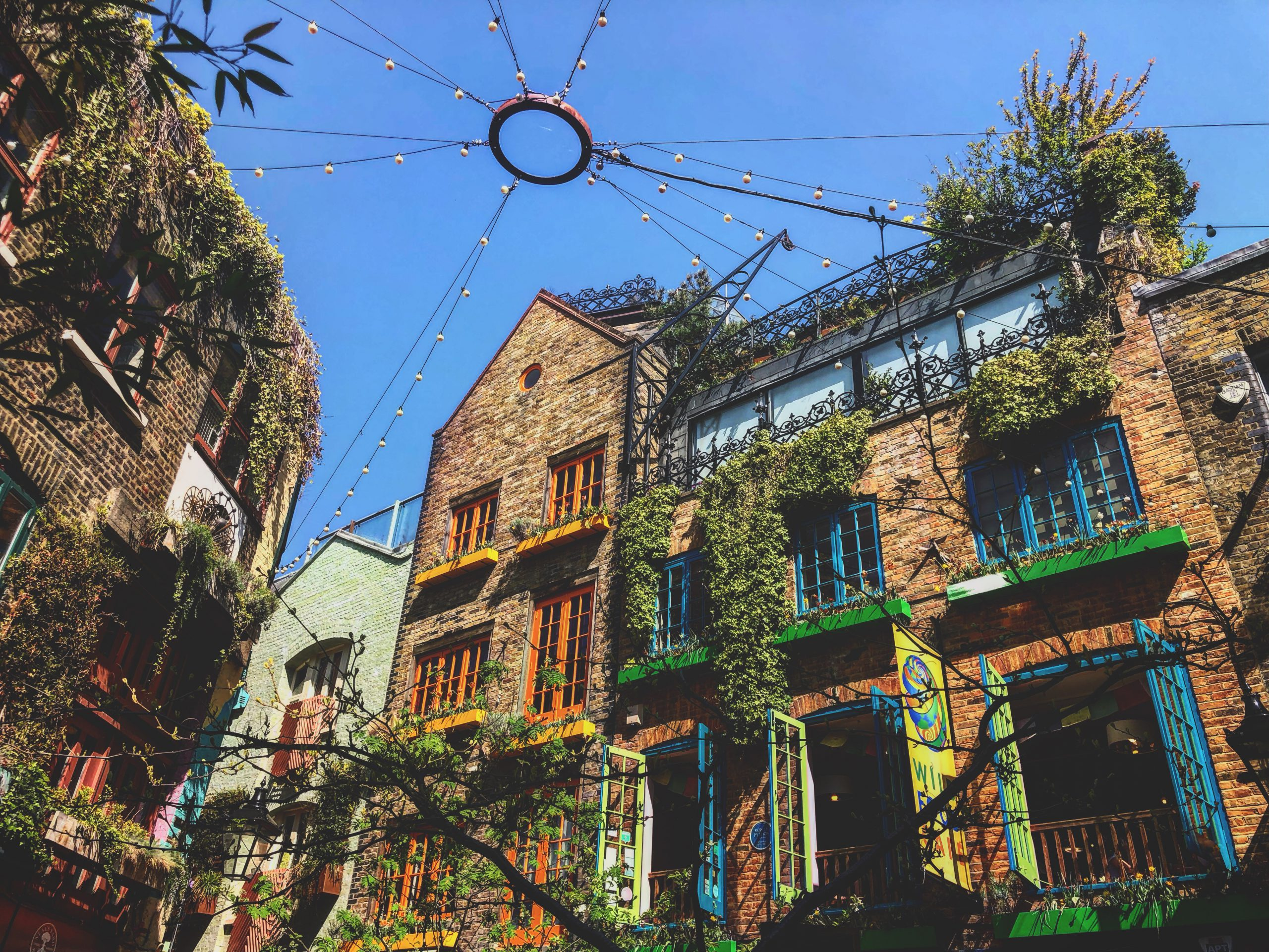 """Häuserfronten in """"Neal's Yard"""""""