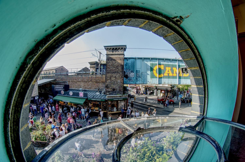 Blick aus dem Fenster einer der Camden Market Hallen