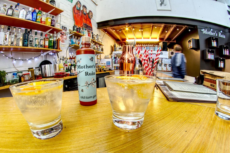 """Ein Besuch in der Gin-Bar """"Mother's Ruin"""""""