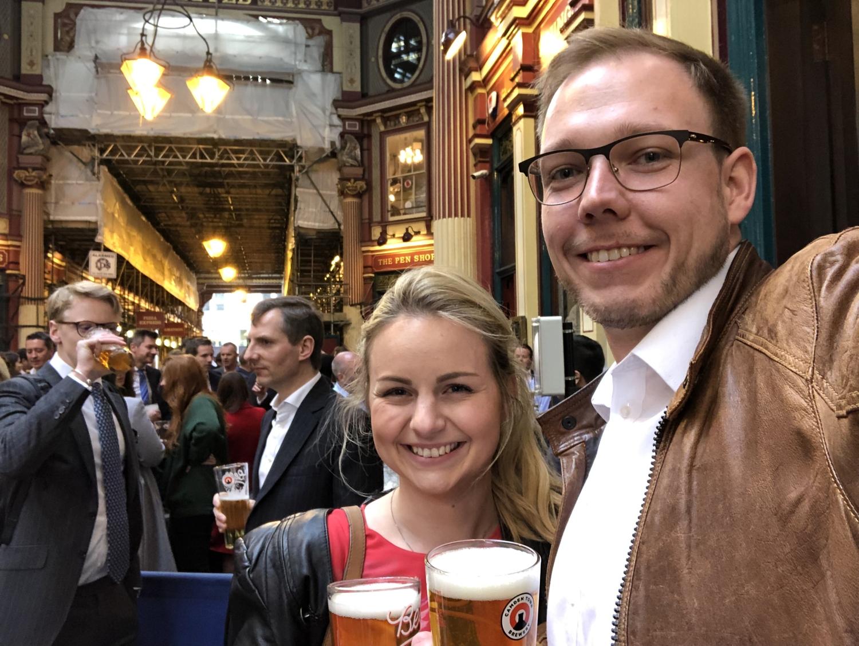 """Bier und Cider im Pub """"The Lamb Tavern"""" im Leadenhall Market"""