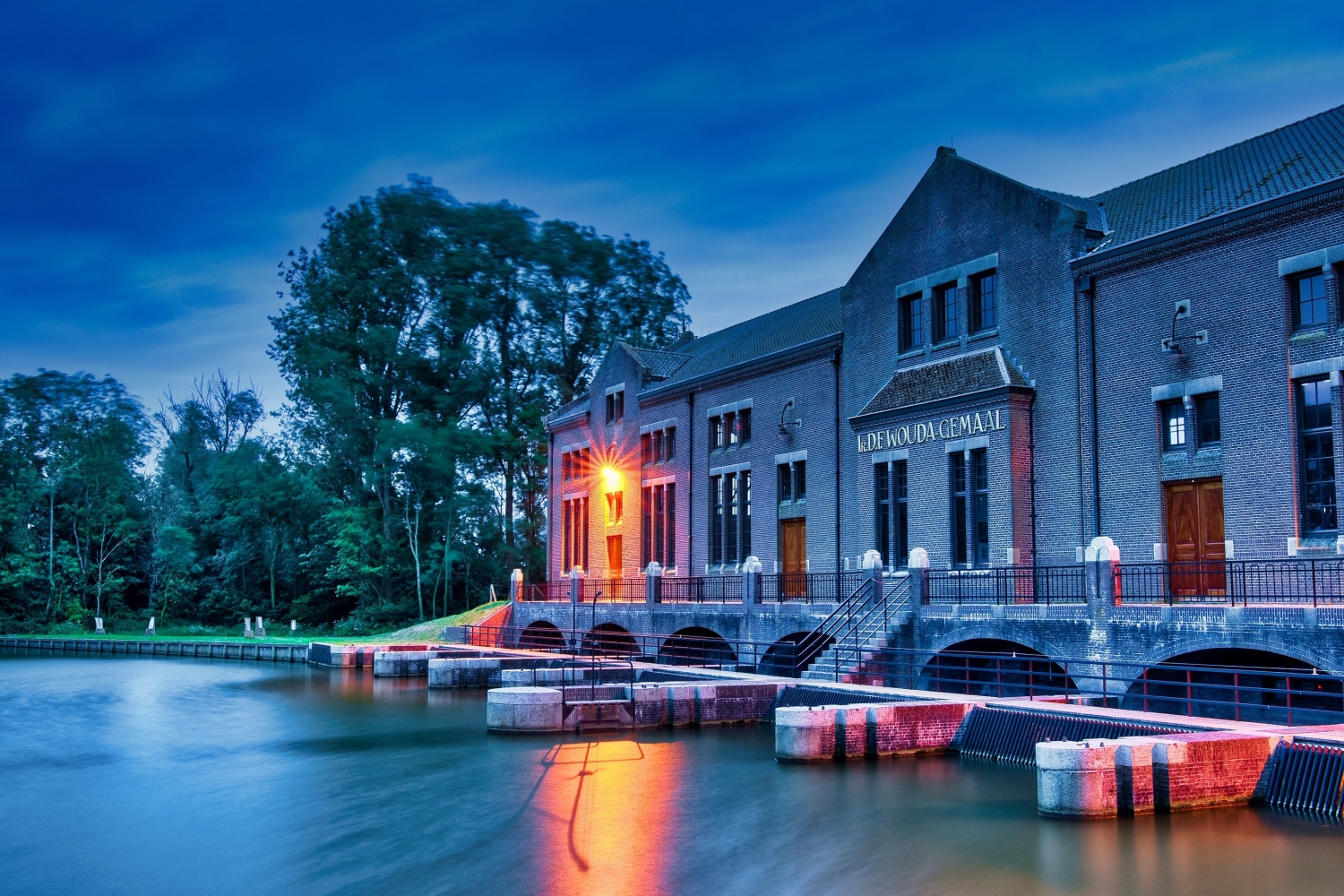 Longexposure of Woudagemaal in Lemmer