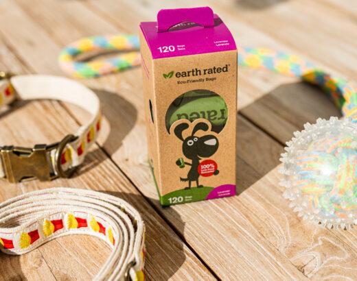 Umweltfreundliche Hundekotbeutel in umweltfreundlicher Verpackung