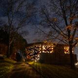 Fotos der Friedhofskapelle Hausberge