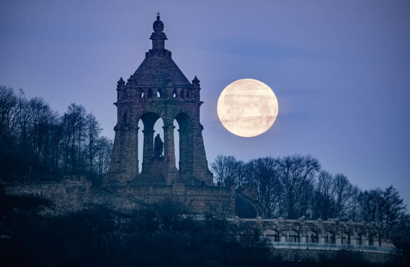 The best spots to photograph the Kaiser Wilhelm Monument in Porta Westfalica