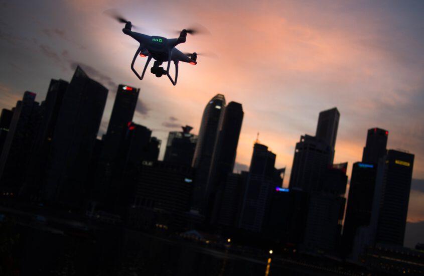 Kurzversion: Ab 2021 in der EU Drohne mit Kamera und/oder mehr als 250g Gewicht fliegen