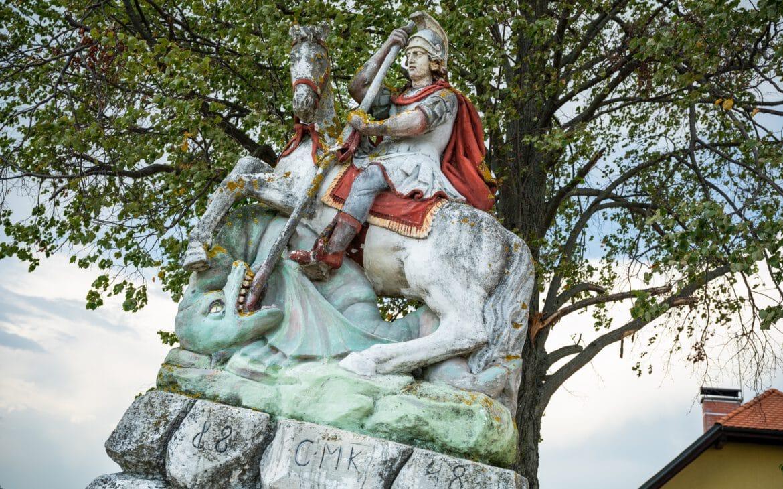 Statue an der Herzerl-Straße an der österreichisch-slowenischen Grenze